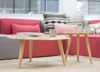How to buy a freight furniture shop